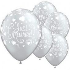 28 cm-es Just Married Hearts Lufi 1 db